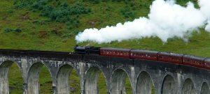 winter-wondrerland-jacobite-steam-train