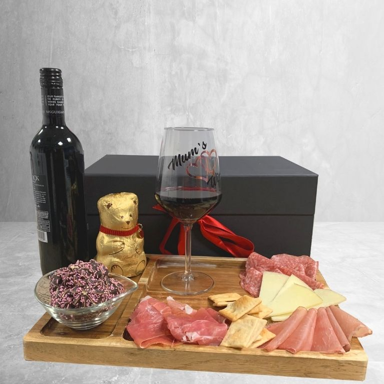 Mothers Day Gift Hamper Featured Image