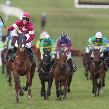 Cheltenham Gold Cup Special - Club Enclosure Thorne Travel Experience